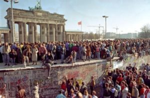 9 NOVEMBRE 1989 – CADUTA DEL MURO DI BERLINO